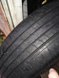 2 x Kumho 225 65 r17 all season tires