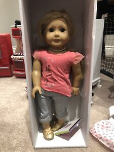 American girl dolls and many accessories - all like new