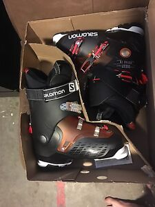 Salomon Ski boots, size 27.5 - 150$ or best offer