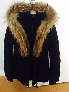 Super beau manteau Mackage en excellente condition