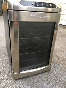 Cavavin wine fridge, brand new
