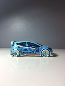 2016 Hot Wheels '12 Ford Fiesta