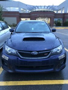 Subaru Wrx Sti 2011 RARE midnight blue!