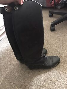 Ladies Ariat top boots 7.5 slim calf Clyde Casey Area Preview