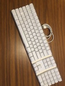 $40 OBO Apple  Keyboard A1048 White great condition!!!!!