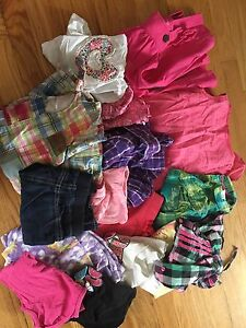 Lot of girls clothes size 3 / 4 16 items