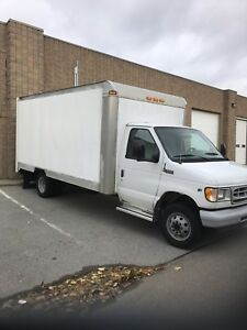 2002 Ford E350 Cube Van - Low km