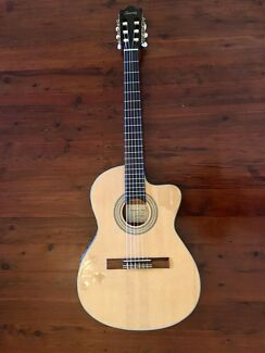 Ibanez thin body electric/acoustic guitar