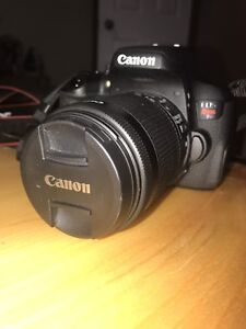 Canon t6i with accessories