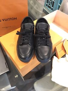 Men's Louis Vuitton shoes Sz 11