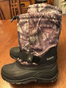 Great condition Kamik winter boots size 6.