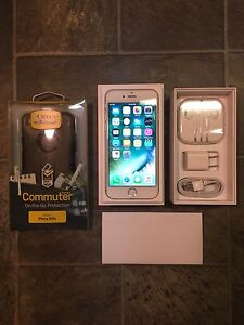IPhone6 Space Gray 16GB(locked to Telus) w/ new Otter box