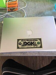 MacBook Pro 15 inch Widescreen