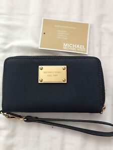 a09daa915059 Square One | Buy or Sell Women's Bags & Wallets in Mississauga ...