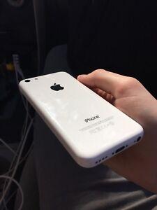 iPhone 5C 16GB Telus