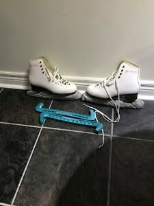 Lady skate