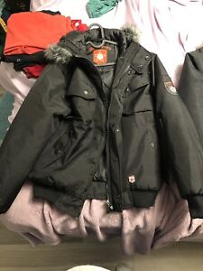 Men's small winter jacket. Barely worn.