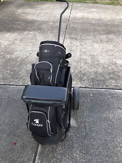 Cougar Golf Bag and Cart with wheels