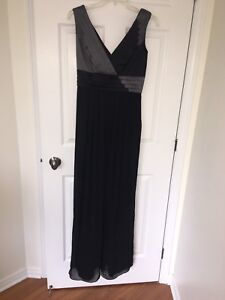 Robe de soirée / bal / mariage max and cleo  BCBG taille. 6