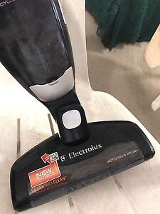 Electrolux Rechargable Vacuum Cleaner (ergorapido) Springwood Logan Area Preview