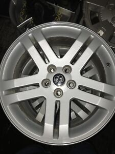 Dodge Charger 2010 rims