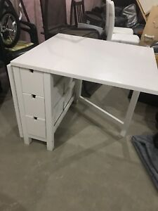 Kitchen/ craft room table
