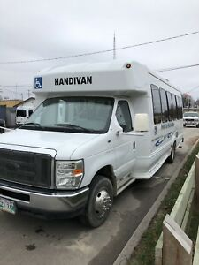 2008 FORD BUS FOR SALE BY TENDER-BIDS
