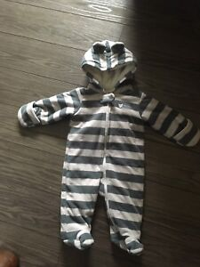 Carters fleece 3 months suit
