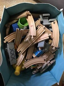Wooden train set by Imaginarium