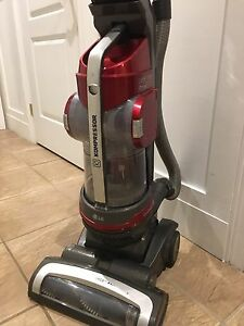 LG Kompressor upright vacuum