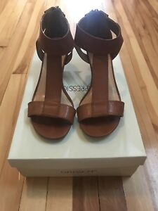 Tan Leather Sandals/ Size 8/ Worth 100$