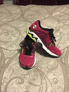 High  quality Mizuna running shoes