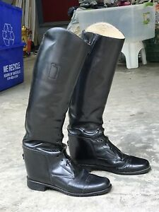 Hunter/Jumper Leather Riding Boots (size 4)