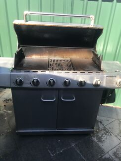 6 burner BBQ, 7 piece outdoor setting & Fitbit combo