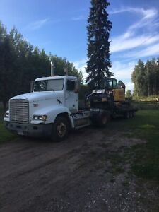 1996 FLD 112 frieghtliner S/A FIRM on the price