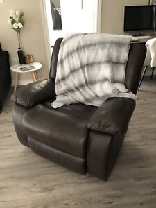 Classic Leather Bound Recliner