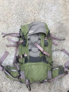 Mountain equipment coop IBEX80 backpack + therms-rest