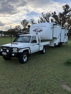 Luxury 5th Wheel Caravan + 2008 Toyota Landcruiser
