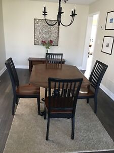 Sears solid wood dining set of 4