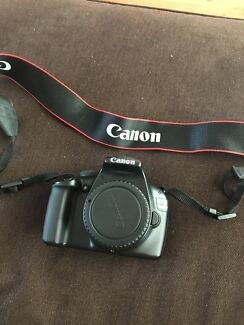 Canon EOS 1100D Camera
