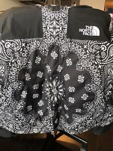 Supreme TNF BANDANA JACKET BLACK