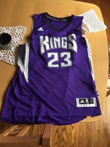2db65a23788 NBA Jerseys for sale (take everything for 30 dollars)