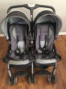 Combi Side by Side Double Stroller in excellent condition