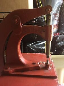 Kick-press in excellent working condition