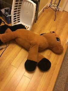 Giant horse stuffed toy