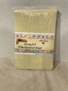 Bassinet fitted sheet brand new
