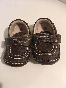 Baby boy shoes size 2. Georgetown/Mississauga/Toronto
