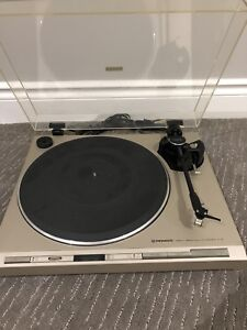 Pioneer Turntable PL-5, great condition with Ortofon Cartridge