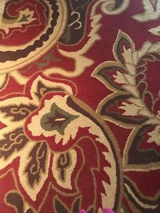 Pier one paisley rug / carpet  5x8
