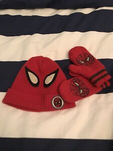 Hat and gloves 2T 3T spider-man